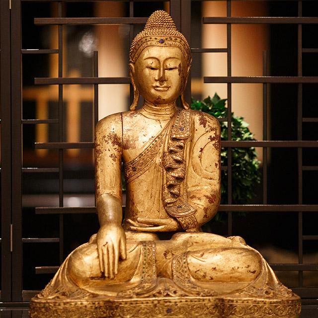 Boeddha zen meester in zijn